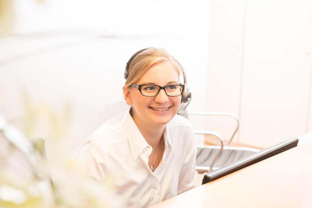 Empfang in der Praxis für Oralchirurgie von Dr. Annette Felderhoff-Fischer in München